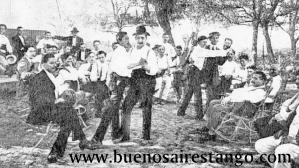 Tango entre hommes en 1913